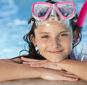 Swimming, diving, fun in the water...kids have Fun at Mendy Vim's Holidays